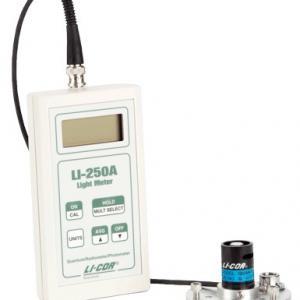 Medidor de radiação solar portátil